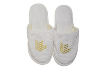Slippers - Closed Toe Polycotton Waffle Bordir